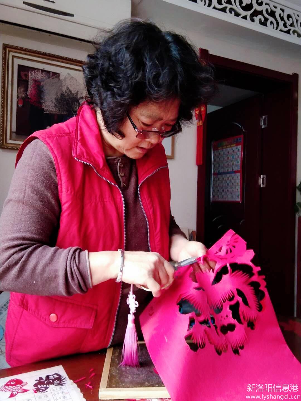 抗疫路上,剪纸人在行动_洛阳剪纸艺术研究会杨智晓老师剪纸作品欣赏