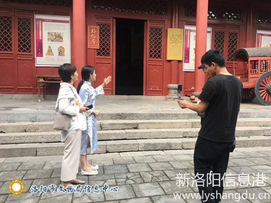 山西晚报社采访团一行到洛阳民俗博物馆采访考察