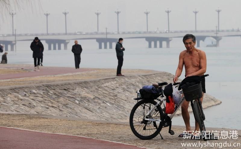 【铁军视角】今日一贴2021年1月15日  冬泳